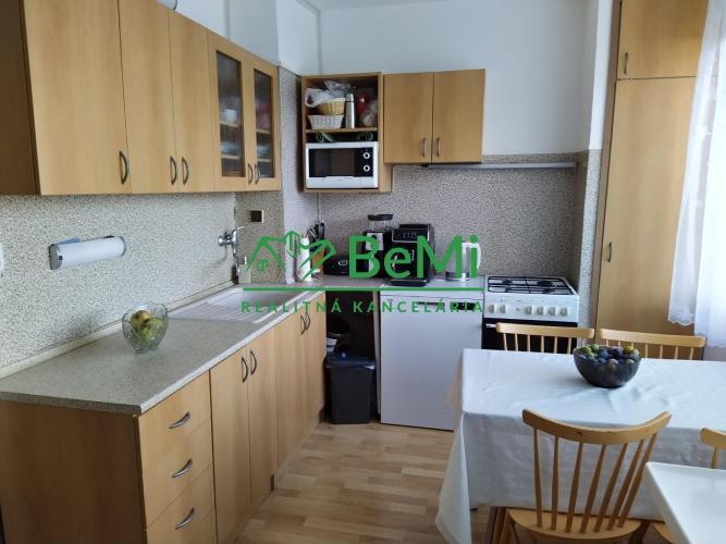 Reality Predaj  3 izbového bytu - Trnava (016-113-TAJAa)