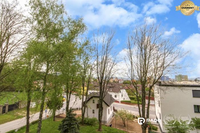 Reality REZERVOVANÉ! Tehlový 3izbový byt 82m2 + pozemok, Partizánska - Trenčín