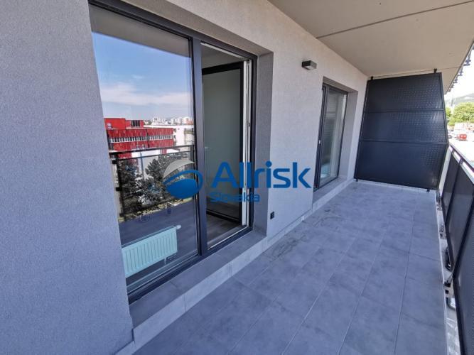 Reality Na predaj moderný 2 izbový byt  Nitre s krásnym výhľadom