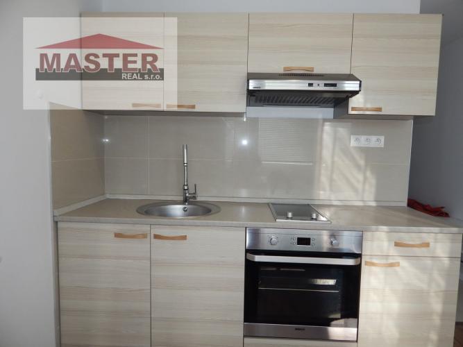 Reality MASTER REAL- Na Predaj 1-izbový byt, 38 m2, Prievidza, Sídlisko Sever