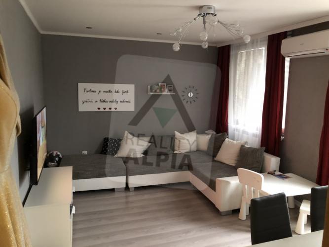 Reality 3-izbový byt byt, Michalovce, Východ, Leningradská