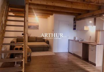 """Reality ARTHUR - Bývajte ako """"na chate"""" - 2-izbový mezonet v blízkosti malého Dunaja"""
