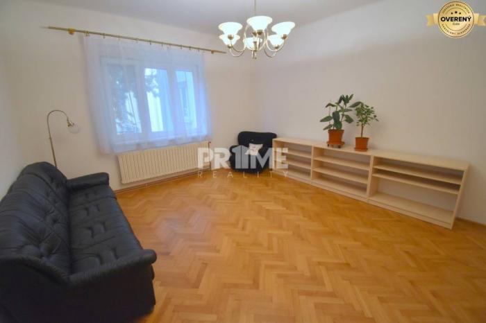Reality Pekný 2i byt, 2 x SAMOSTATNÁ IZBA, REKONŠTRUKCIA, Grosslingova ulica