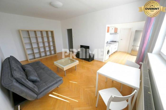 Reality Pekný 2i byt, REKONŠTRUKCIA, BALKÓN, Astrová ulica, Ružinov