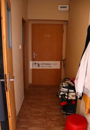 Reality Predám 1-izbový byt Kolta