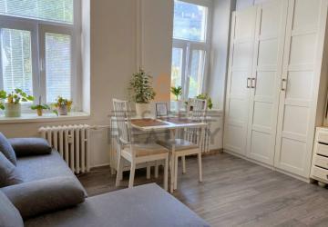 Reality REZERVOVANÉ Na predaj 1 izbový byt, Bratislava, Staré Mesto, Šancová