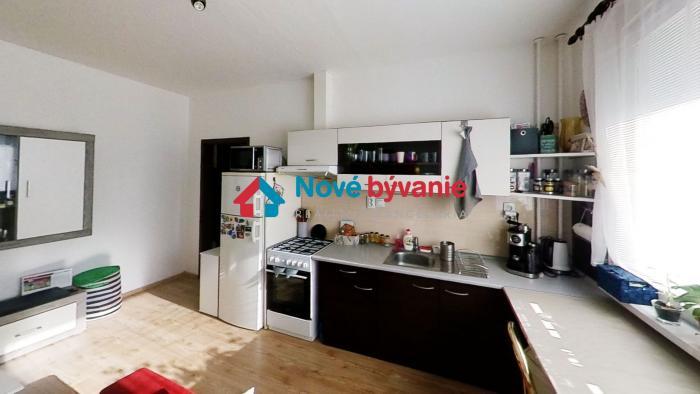 Reality Na predaj 1,5 izbový byt / 39m2 / Sídlisko - Ťahanovce s loggiou