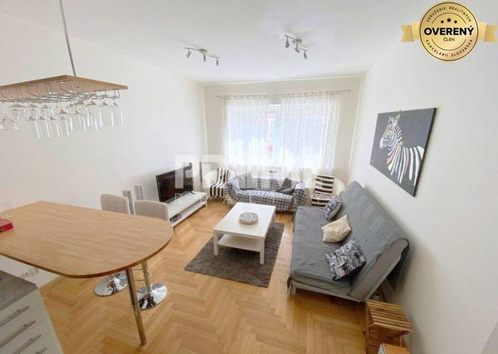 Reality VEĽKOMETRÁŽNY 2i byt, REKONŠTRUKCIA, KLÍMA, CENTRUM, Dunajská ulica