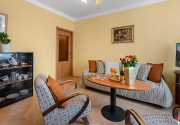 Reality Predaj 2 izbový byt, 53 m2, rekonštrukcia, Miletičova ulica, Ružinov