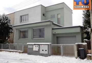 Reality Exkluzívne!!! Rodinný dom , Žilina - Centrum (425m2) rozmery cca 28,5m x 43m, CENA: 330 000 €