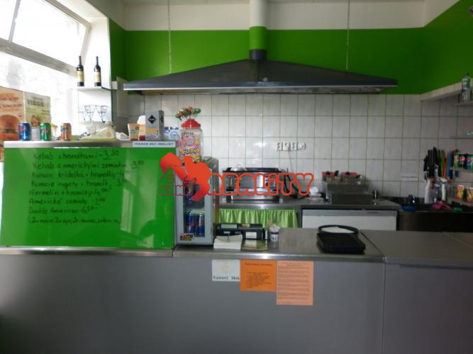 Reality kunareality- Odstúpenie prevádzky KEBAB, 45 m2 na Námestí sv. Michala, Hlohovec