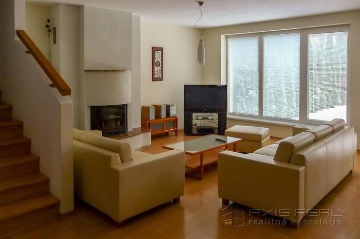 Reality 5-izb. rodinný dom, garáž, sauna, BA IV. DNV, Jasencová ul.