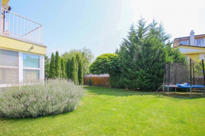 Reality Nový 5-izbový dom so záhradou na Kolibe