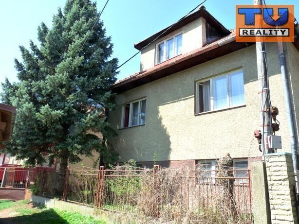 Reality Rodinný dom s veľkým pozemkom (2400m2) v Bobrovci pri Lipt. Mikuláši., CENA: 84 000 €