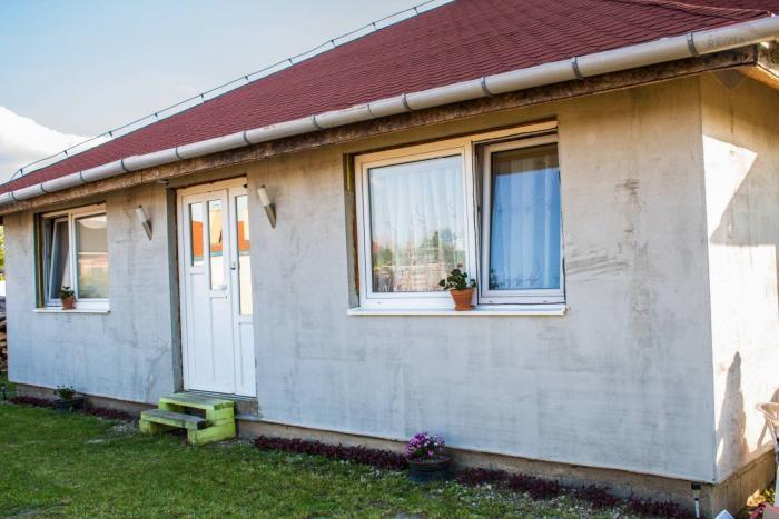 Reality Na predaj: 4-izbový rodinný dom Štvrtok na Ostrove