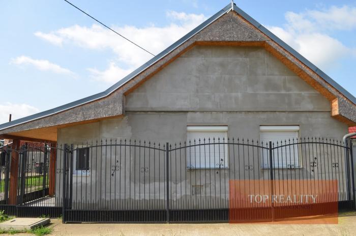 Reality Rodinný domček v obci Šoporňa