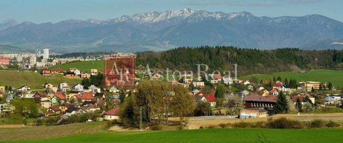 Reality Hľadám pre nášho klienta rodinný dom pri Žiline, obec Hôrky
