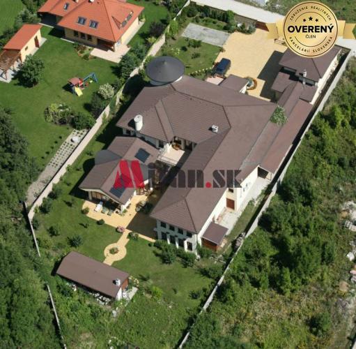 Reality Exkluzívna vila v Limbachu pri Račom potoku, okr. Pezinok