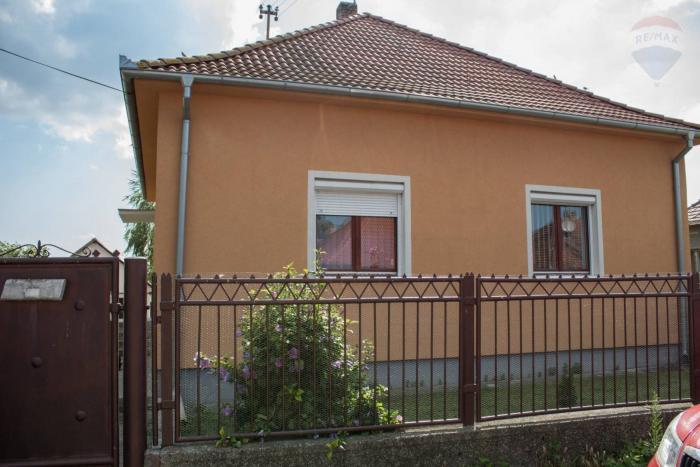 Reality Na predaj: 3-izbový dom v Amádeho Kračanoch 100 m2