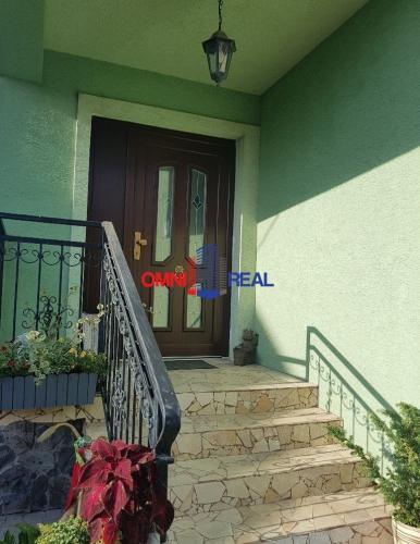 Reality Ponúkame na prenájom rodinný dom, Pútnická ulica - 100 m2