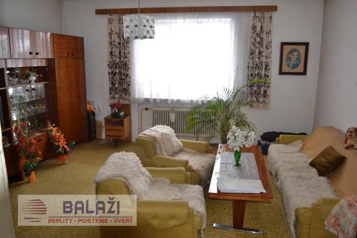 Reality HORNÁ ŠTUBŇA  5 izb dom, poz. 1214m2, okr. Turčianske Teplice