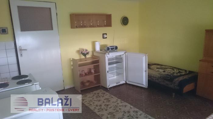 Reality Sľažany,6 izbový rodinný dom, okres Zlaté Moravce