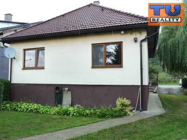 Reality Pekný rodinný dom v Podturni, pri Lipt.Hrádku s veľkou záhradou,celková plocha vrátane zásta