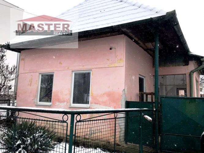 Reality Na predaj rodinný dom/chalupa - Slatina nad Bebravou