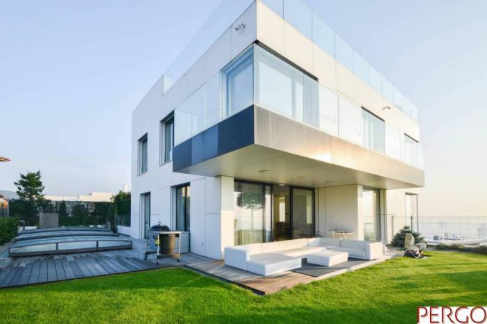 Reality Luxusná 6-izbová vila s bazénom