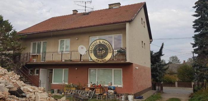 Reality Na predaj veľký rodinný dom Trenčianske Stankovce, Trenčín