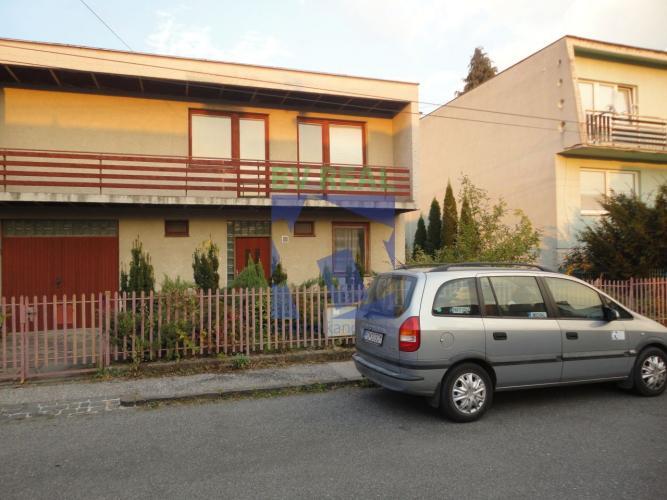 Reality BV REAL Na predaj 8 izbový rodinný dom 600 m2 Prievidza 78084