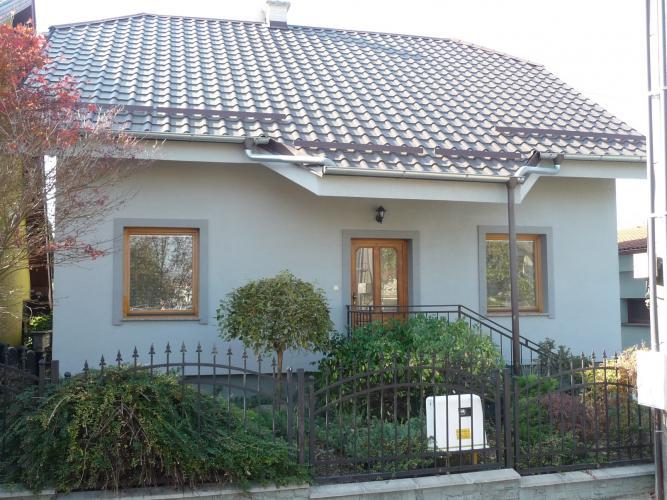 Reality Predáme 7-izbový rodinný dom v obľúbenej obci Banka pri Piešťanoch