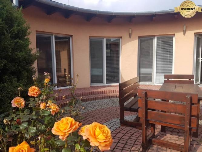 Reality PRENÁJOM - Rodinný dom s bazénom Dražovce - Nitra