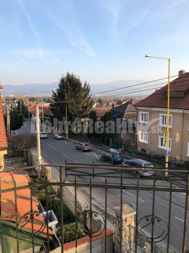 Reality Na prenájom 4 izbový dom v Bojniciach