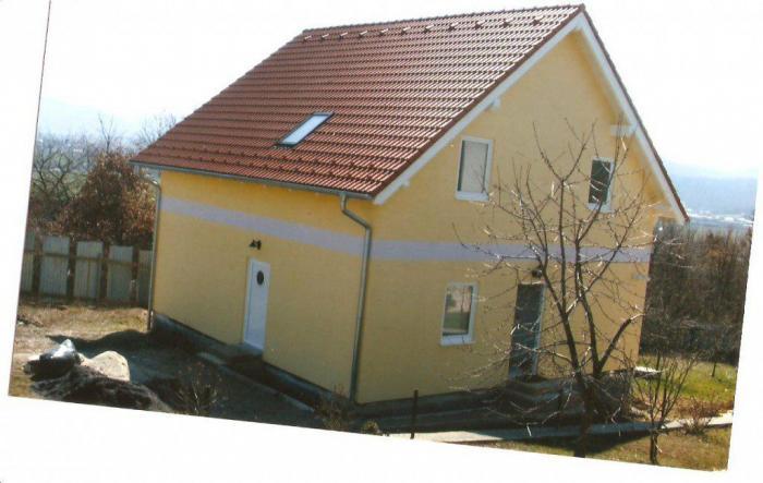 Reality Prenájom zariadeného rodinného domu/novostavba Kováčová, okr Zvolen