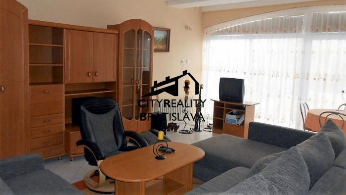 Reality Dlhodobý prenájom- štvor izbový rodinný dom