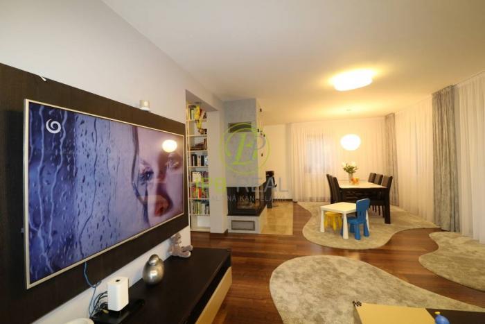 Reality Nádherný ZARIADENÝ 5 izb. rodinný dom s garážou v novostavbe v Stupave