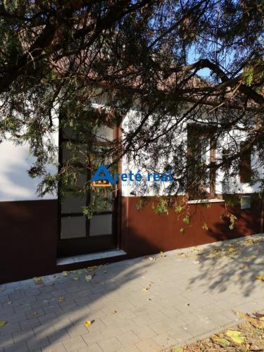 Reality Areté real, Predaj 2-izbového rodinného domu v tichej lokalite v Modre