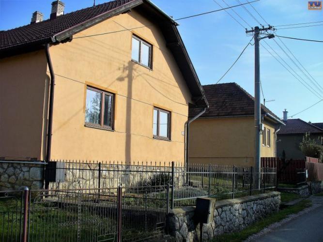 Reality Exkluzívne.Dvojpodlažný RD v obci Odorín v blízkosti okresného mesta Spišská Nová Ves o cel