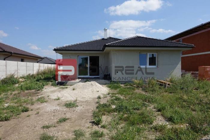 Reality PREDAJ 4 izbovy holodom v obci Miloslavov-Alžbetin Dvor