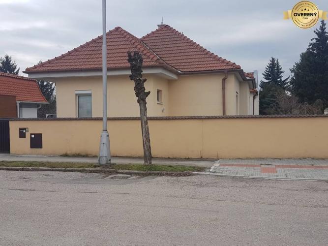 Reality PRENÁJOM - Rodinný dom centrum mesta - Nitra