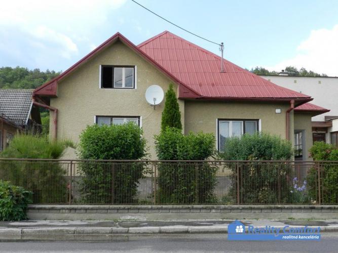 2114ca3de Reality NA PREDAJ, rodinný dom s veľkým pozemkom, 2293 m2, Neporadza