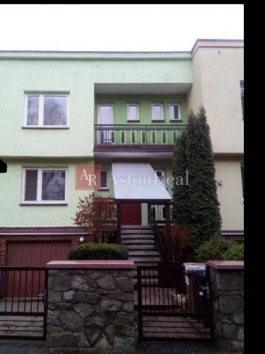 Reality Predaj: 4-izbový rodinný dom, Priekopa, Uvádzacia cena!