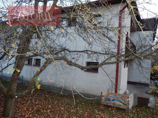 Reality Dvojgeneračný rodinný dom - Martin Stráne s garážou
