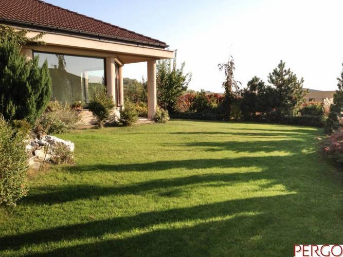 Reality Nadštandardný 6-izbový rodinný dom v Rači