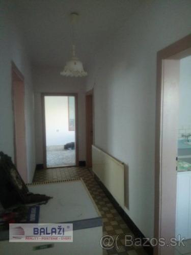 df5189724 Reality BOŠANY 3 izbový rodinný dom, garáž, pozemok 500 m2,okr. Partizánske