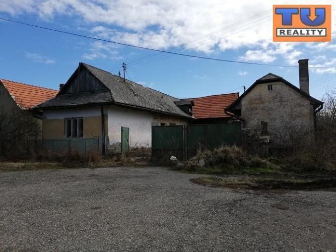 Reality EXKLUZÍVNE!!! Na predaj 3-izb. RD v obci Plášťovce časť Iskorňa v okese Levice. CENA: 6 990,0