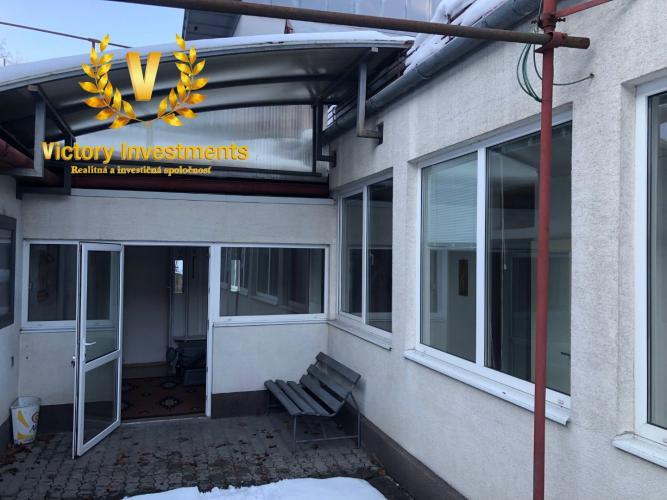Reality EXKLUZÍVNE LEN U NÁS - Dom po čiastočnej rekonštrukcii v centre mesta na ulici Jána Chalupku