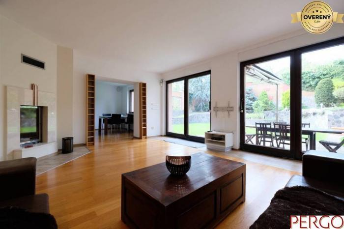 Reality 6-izbový rodinný dom v Lamači