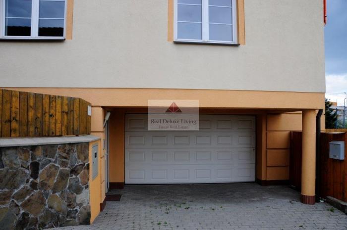 Reality VEĽKÝ, PEKNÝ RODINNÝ DOM NA KRAMÁROCH na prenájm - Bratislava III., Nové mesto